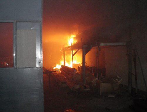 """Gebäudebrand im Gewerbegebiet """"Gelbstein"""""""