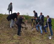 Baumpflanzaktion Kreistagskandidaten