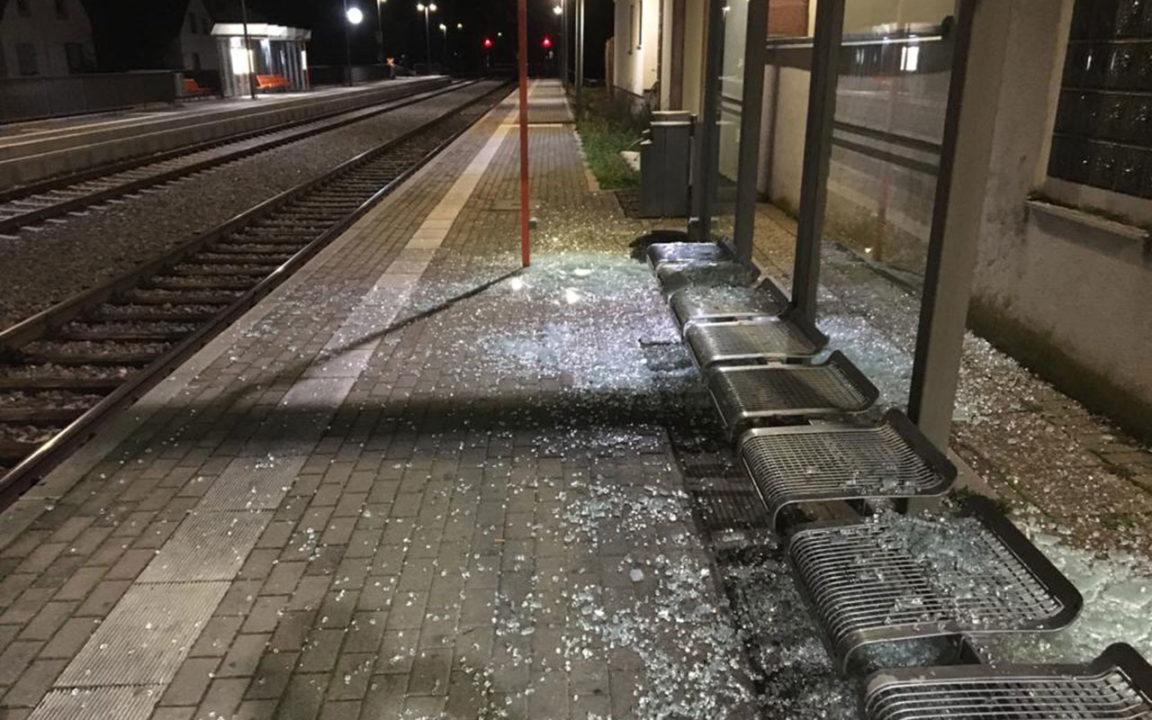 Vandalismus Bahnhof Sasbach